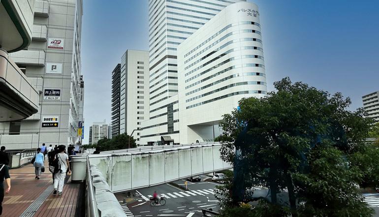 JR大宮駅西口からの歩行者デッキ